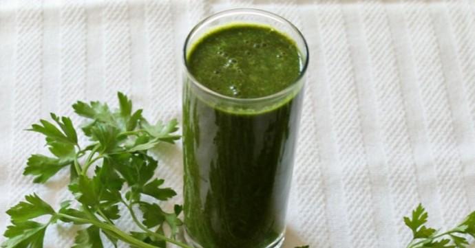 Peršun - lekovita svojstva, upotreba za mršavljenje, recepti za čaj i sok